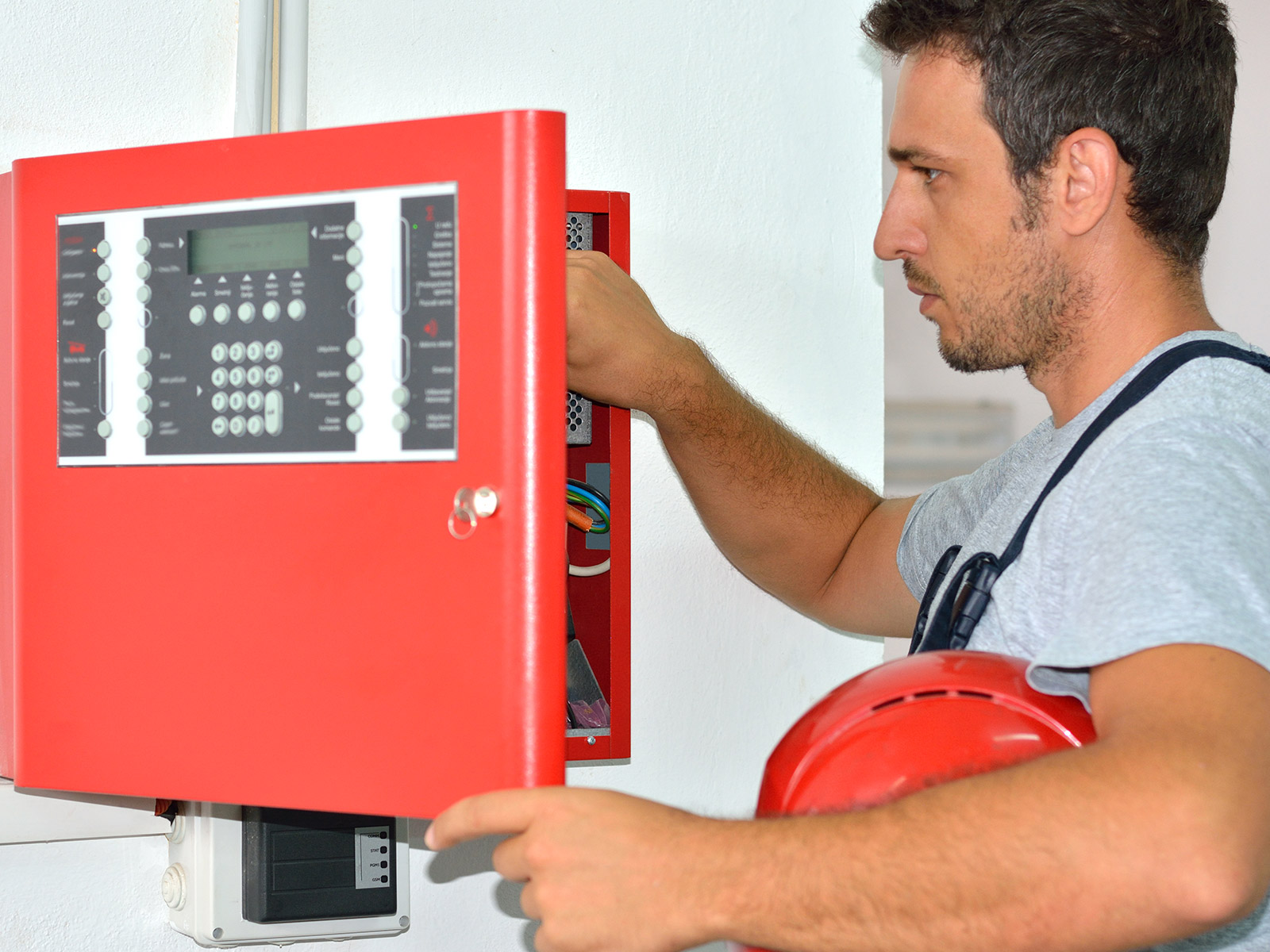 A Guide To Fire Alarm Installations In Public Buildings