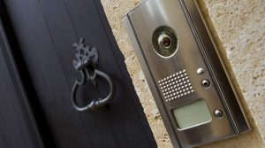 6 Reasons To Install Intercom Systems For Home Use